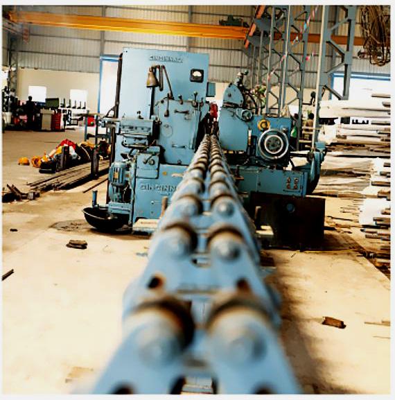 http://www.avtarsteel.com/wp-content/uploads/2016/02/Steel-Melting-Shop.jpg